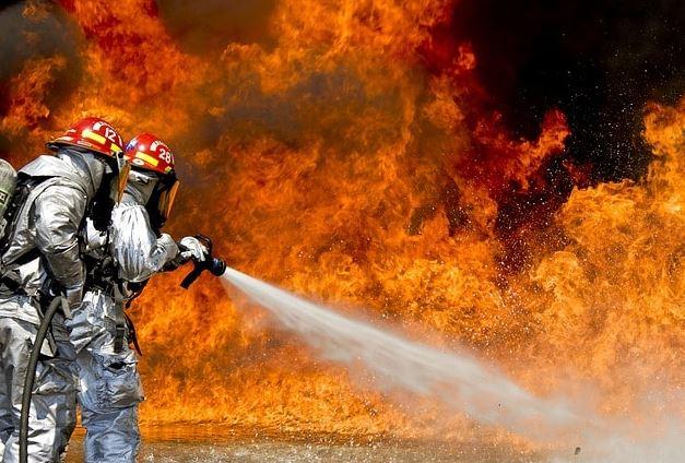 Ketahui Hal-hal yang Sering Disembunyikan Oleh Agen Asuransi Kebakaran